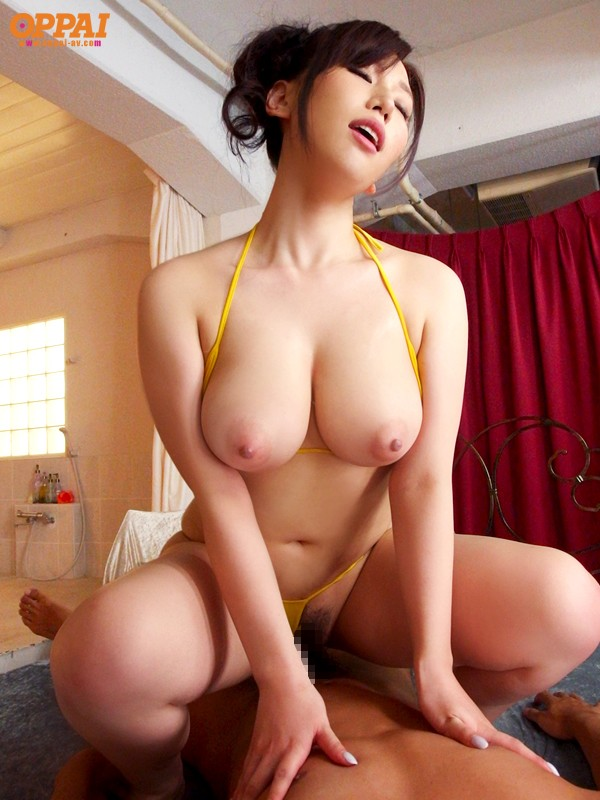 japanese-big-boobs-girl-xxx-man-boob-chest-exercise