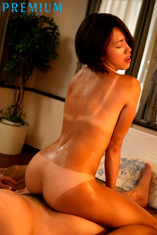 PRED-253 Studio PREMIUM - When I Went Home To Visit My Family, I Met Up With My Tanned Cousin For Th