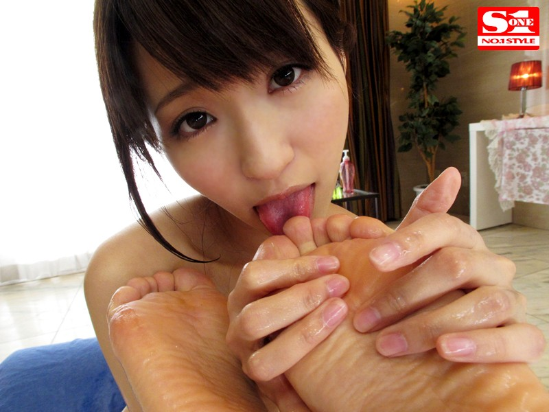 [SNIS-249] Ultra High Class Escort Moe Amatsuka