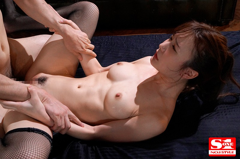 SSNI-663 Cum Facial Jizz That Flows Out From Her Body All That Pussy Juice Came Out With A Meringue-Like Consistency And Kept On Dripping Out Because Of All This Amazing Piston-Pumping Action Miru Sakamichi