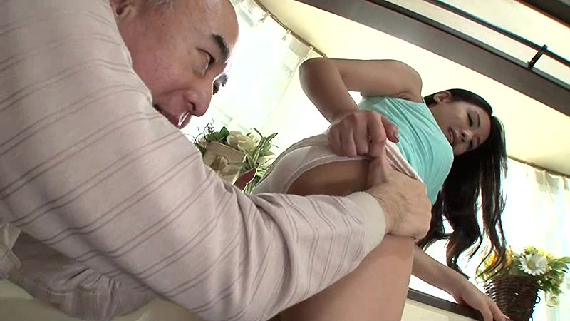 VENU-591 - Daughter-in-law Idjiri Matsumoto Mei Of Dirty Little Father-in-law Became Free Time To Retirement - Venus big image 2
