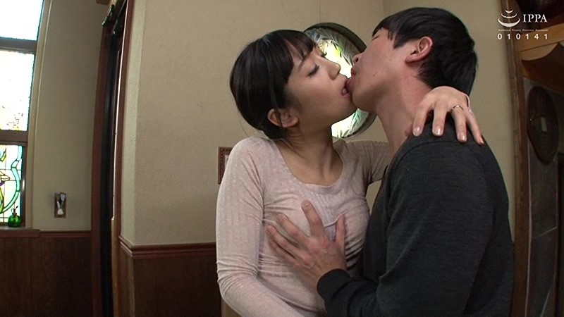VENU-769 Mother & Son Jump in the Sack 2 Seconds After Dad Leaves (Ai Hoshina)
