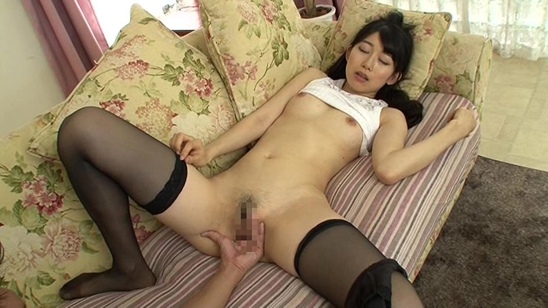 VENU-848 Fucking A Dirty Mom's Sensitive Pussy Again Right