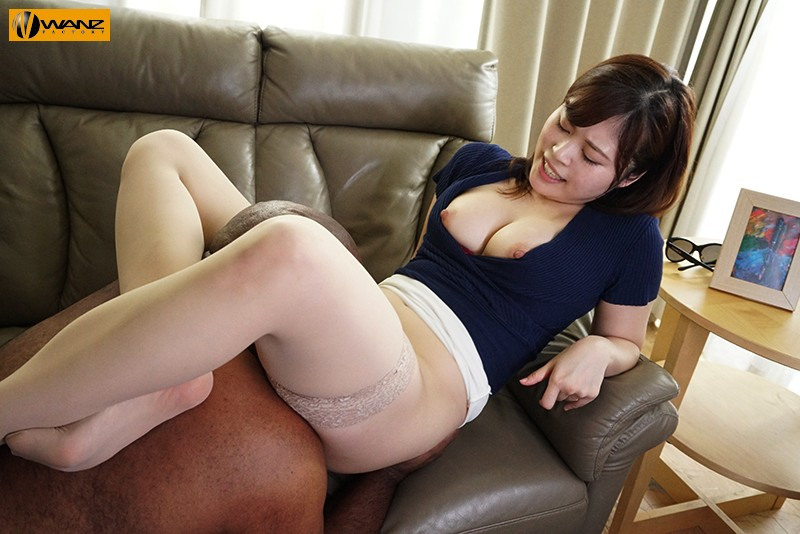 WAAA-032 She Came, Over And Over Again, When He Fucked Her With The Biggest Dick Of Her Life… Large Orgies With Black Cock Creampies *A Big Dick Power Fuck Fest* – An Abnormally Horny Wife Who Won't Be Satisfied With Her Husband's Tiny Dick – Ayaka Mochizuki