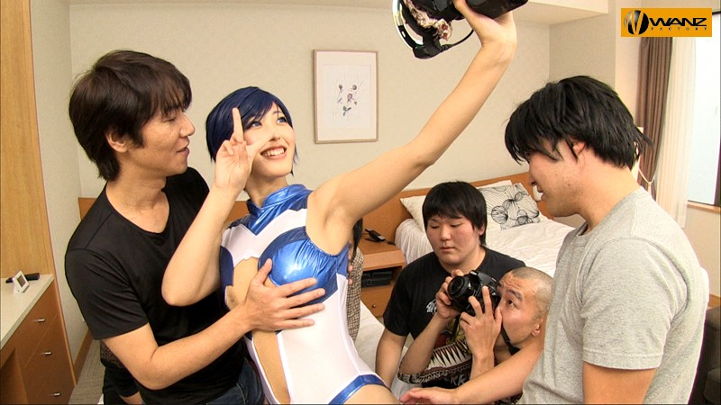 [WANZ-475] Famous Cosplayer Takes Creampies At A Photoshoot On Her Ovulation Day Asahi